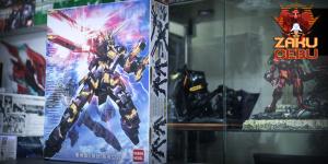 Daban Model 1/100 MG RX-0 Unicorn Gundam 02 Banshee (Destroy Mode)