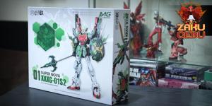 Super Nova 1/100 MG Altron Gundam