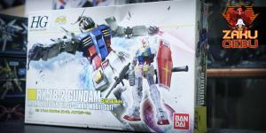 Bandai 1/144 HG RX-78-2 Gundam Clear Ver.
