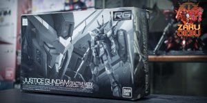 Premium Bandai 1/144 RG Justice Gundam Deactive Mode