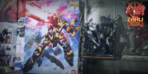 Bandai 1/100 MG RX-0 Unicorn Gundam 02 Banshee (OVA)