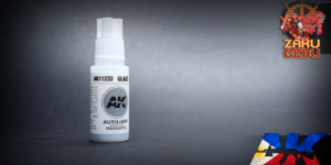 AK Interactive 3rd Generation Acrylic Glaze Medium – Auxiliary – 17 mL